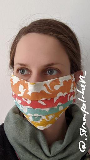 Maske mit Falten